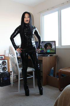 https://flic.kr/p/ErZPX7   Black PVC Catsuit