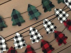 Buffalo plaid christmas tree garland // buffalo plaid garland | Etsy