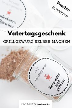 Vatertagsgeschenk zum Essen und Grillen selber machen You are in the right place about diy gifts last minute Here we offer you the most beautiful pictures about the diy gifts for dad you are looking f Diy Gifts For Girls, Diy Mothers Day Gifts, Gifts For Father, Diy Gifts Dad, Barbacoa, Papa Tag, Diy Gifts For Christmas, Holiday Break, Experience Gifts