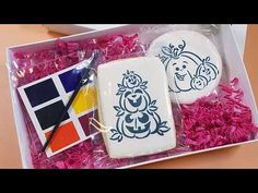 Paint Your Own (PYO) cookies are a fun Halloween party craft and treat all in one. Check out the video for 5 tips to making these cookies. Decorating Tools, Cookie Decorating, No Flour Cookies, How To Make Paint, Craft Party, Halloween Party, Stencils, Projects To Try, Make It Yourself