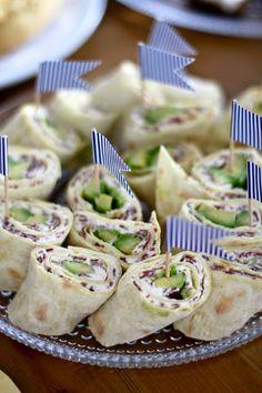 Belle Baie: Skagen & Pororullat Time To Celebrate, Food Humor, Skagen, Unicorn Birthday, Tacos, Good Food, Mexican, Birthday Parties, Ethnic Recipes