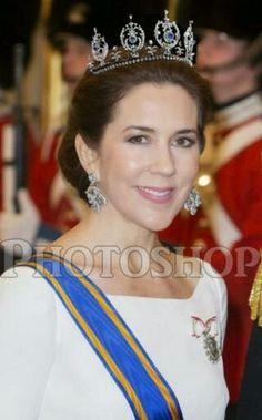Princess Thyra's Sapphire Tiara on CPM