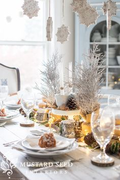 The Farmhouse Holiday Tour. 13 bloggers. Endless entertaining ideas. Photo by Miss Mustard Seed.
