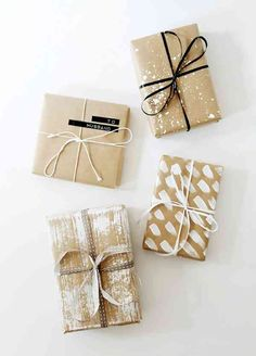 5 DIY gift wrapping ideas that take less than 5 minutes! These beautiful and simple present wrapping ideas will take your gifts to the next level! Use these great tutorials to up the ante on your diy Christmas gifts! Present Wrapping, Creative Gift Wrapping, Creative Gifts, Cute Gift Wrapping Ideas, Creative Ideas, Christmas Gift Wrapping, Christmas Diy, Christmas Greenery, Christmas Presents