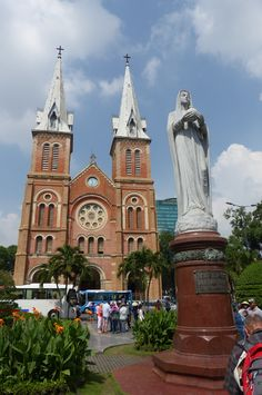 Saigon Notre Dame Cathedral (Dec 2015) - Photo taken by BradJill