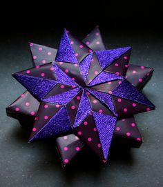 [six+pointed+star+box+and+mennorode+star.JPG]