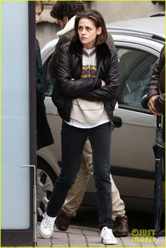 Kristen Stewart Is Back to Filming 'Personal Shopper': Photo #888795. Kristen Stewart crosses her arms while walking around the set of her film Personal Shopper in Paris, France on Tuesday (November 3).    The 25-year-old actress was…