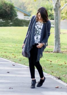Moo's Musing Outfit Inspiration with fringe grey cardigan and green floral shirt with black jeans and marc jacobs purse