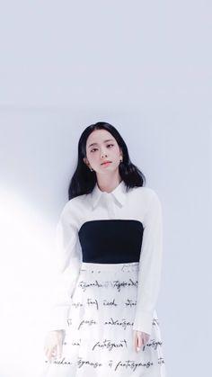 Kpop Girl Groups, Korean Girl Groups, Kpop Girls, Blackpink Fashion, Korean Fashion, Fashion Outfits, Yg Entertainment, Bobby Brown Stranger Things, Blackpink Photos