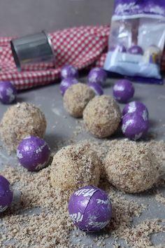 Milka Kugeln im Plätzchenteig Easter Eggs, Breakfast, Food, Holiday, Drinking, Christmas, Bakken, Simple, Essen