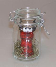 Gattung: Flaschengeist Art:Springteufel Jar, Home Decor, Genie Bottle, Ghosts, Homemade Home Decor, Jars, Decoration Home, Glass, Interior Decorating