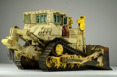 Meng 1:35 scale model D9R by Jari Hemila.