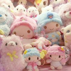 ♥ The Cutest Monthly Kawaii Subscription Box ♥ Receive cute items from Japan & Korea every month ♥ Kawaii Plush, Cute Plush, Sanrio Characters, Cute Characters, Kawai Japan, Hello Kitty, Kawaii Accessories, Kawaii Shop, Little Twin Stars