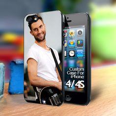 ADAM LEVINE NAKED IP iphone case