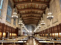 This historic Michigan library looks like something out of Hogwarts - University of Michigan's William W. Cook Legal Research Library. Hogwarts University, Michigan State University, University University, Michigan Travel, Lake Michigan, Northern Michigan, Ann Arbor, Countries Of The World, Natural Wonders