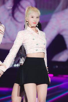 Sana Minatozaki (Twice). South Korean Girls, Korean Girl Groups, Twice Korean, Sana Minatozaki, Twice Sana, Stage Outfits, Korean Beauty, Nayeon, New Girl