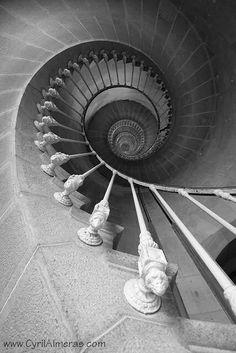 Plus de 1000 id es propos de photo en noir et blanc sur pinterest robert - Escalier noir et blanc ...