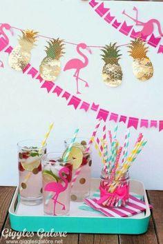 DIY Party Ideen l Pineapple Flamingo Banner Pink Flamingo Party, Flamingo Baby Shower, Flamingo Birthday, Aloha Party, Tiki Party, Luau Party, Diy Party Dekoration, Party Mottos, Party Box