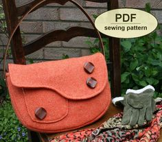 Sewing pattern to make the Boxford Clutch Bags  by charliesaunt, $9.95