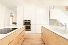 La Shed architecture Contemporary Interior Design, Bathroom Interior Design, Kitchen Interior, New Kitchen, Interior Design Living Room, Kitchen Design, Contemporary Kitchens, Kitchen Ideas, La Shed Architecture