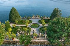 "1,403 Likes, 16 Comments - TOWN&COUNTRY (@townandcountrymag) on Instagram: ""The lush beauty of Isola Bella's Garden of Love, part of the Borromean Island Gardens in Italy …"""