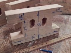 "Yoav Liberman offers several variations on his ""Bench Bull"" – a bench jig you can make for little money and use almost anywhere."