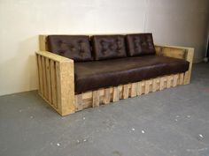 Furniture+From+Pallets | divan4 Pallet divan in pallet living room pallet furniture with Sofa ...