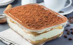 Classic Tiramisu - a Classic Italian Dessert Recipe Strawberry Shortcake Ice Cream, Strawberry Cookies, My Recipes, Cake Recipes, Dessert Recipes, Favorite Recipes, Canned Blueberries, Vegan Scones, Tiramisu Dessert