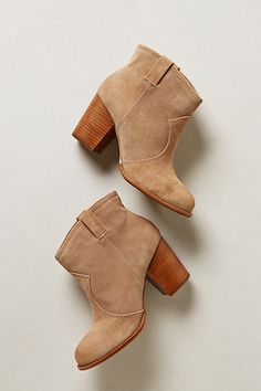 Perfect booties. Love the tan suede and the wooden heels! Would be super cute with light wash jeans!