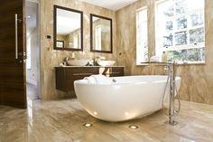 Ванная 🛀 или душевая 🚿 кабина? Очень часто стоит вопрос: что из этого установить себе в уборную. 😏Преимущества все - таки на стороне #ванной. Больше функциональности и более прочный материал - вот в чем заключаются преимущества ванны. Душевая кабинка - хороший вариант для тех кто хочет сэкономить на хорошей ванной, и принимать сугубо #душ. Она хорошо подойдет для дачи и компактной квартиры. #санузел #душ #сантехника