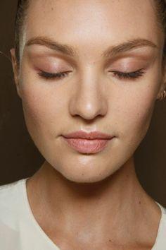 Picture of Candice Swanepoel Natural Brows, Natural Makeup, Natural Beauty, Au Natural, Bridal Makeup, Wedding Makeup, Blush Makeup, Makeup Inspo, Makeup Inspiration