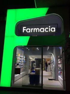 entrada farmacia #diseño #arquitectura #innovación #málaga