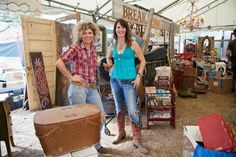 DALLAS MORNING NEWS - Texans are focus of country-style decorating show - junk gypsies