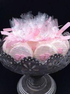 Ideas baby shower ideas pink chocolate dipped for 2019 Baby Shower Cakes, Deco Baby Shower, Baby Shower Desserts, Girl Shower, Baby Shower Favors, Baby Shower Parties, Baby Shower Themes, Baby Shower Decorations, Baby Shower Gifts