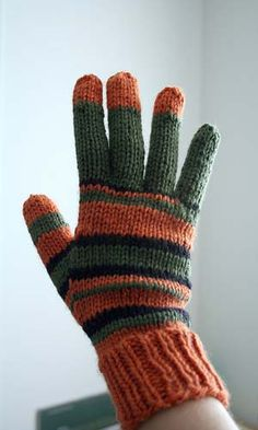 Coraline's Gloves!: a knitting pattern for gloves from the movie Coraline Coraline's Gloves!: a knitting pattern for gloves from the movie Coraline Knitting Patterns Free, Free Knitting, Baby Knitting, Free Pattern, Crochet Patterns, Beginner Knitting, Shawl Patterns, Pattern Ideas, Vintage Knitting