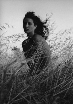 Portrait Photography christy turlington by fabrizio ferri Christy Turlington, Black And White Portraits, Black And White Photography, Bw Photography, Fashion Photography, Newborn Photography, Atelier Photo, Creative Portraits, Black White