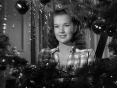 It Happened on Avenue Xvid - A Christmastime Story [DDR] It Happened on Fifth Avenue is a motion picture comedy, directed by Roy. Turner Classic Movies, Classic Films, Old Hollywood Glamour, Golden Age Of Hollywood, Ann Harding, Gale Storm, Movie Stars, Movie Tv, Classic Christmas Movies