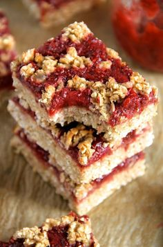 You'd never believe that these soft and chewy strawberry banana oat bars are vegan, gluten-free, refined sugar-free, and made without any butter or oil! The perfect healthy breakfast or snack!  Rememb