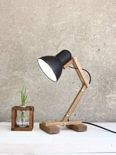 The Mehanik - desk lamp by Paladim