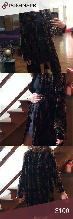 """Velvet coat Floral velvet jacket. Knee length on model who is 5'6"""". Black with flower print. Looks amazing when it moves as the light hits it. Size medium but can fit smaller sizes. Not free people brand, tagged for exposure, very free people esc though. Vintage Free People Jackets & Coats Capes"""