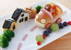 Kinder lieben hübsches Essen. Wie wäre es mit einer Haus-Landschaft und einem Auto?   Creative Fun Food: Driving plate