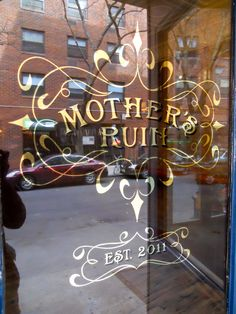 Mother's Ruin best bar in NYC