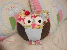 DIY Owl Pillow. But with boy colors!