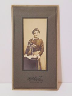 Vintage Antique Real Photo Photograph Cabinet Card Dress Flowers Lady Woman Old