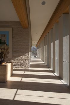 Natural Light Design | Nine Bridges Country Club  / Shigeru Ban Architects