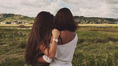 A #truefriend can make your life so much better and fun👭