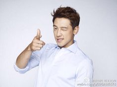 RAIN posted this picture on Weibo today  @29rain