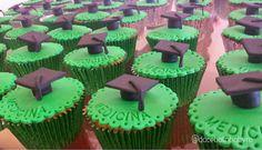 Doce Bolinho by Ro: Cupcake Formatura