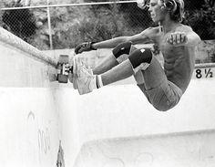 hippies-from-hell: Wicked photo taken by photographer David Scott in mid 1970's Venice beach… Here is Jay Adams, member of the Dogtown-based Zephyr skate team, known as the Z-Boys.