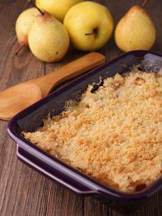 Apple Pear Crumble from We Do Fun Here Fall Dessert Recipes, Just Desserts, Fall Recipes, Delicious Desserts, Yummy Food, Dessert Party, Apple Recipes, Sweet Recipes, Pear Crisp